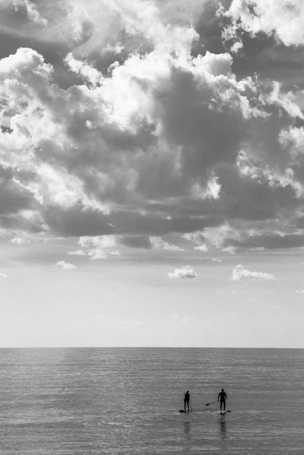 castelldefels platja b&w