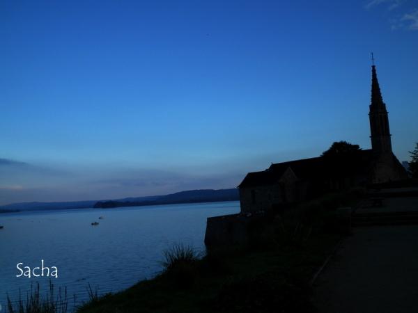 Clair obscure de l'église de Landevennec ..
