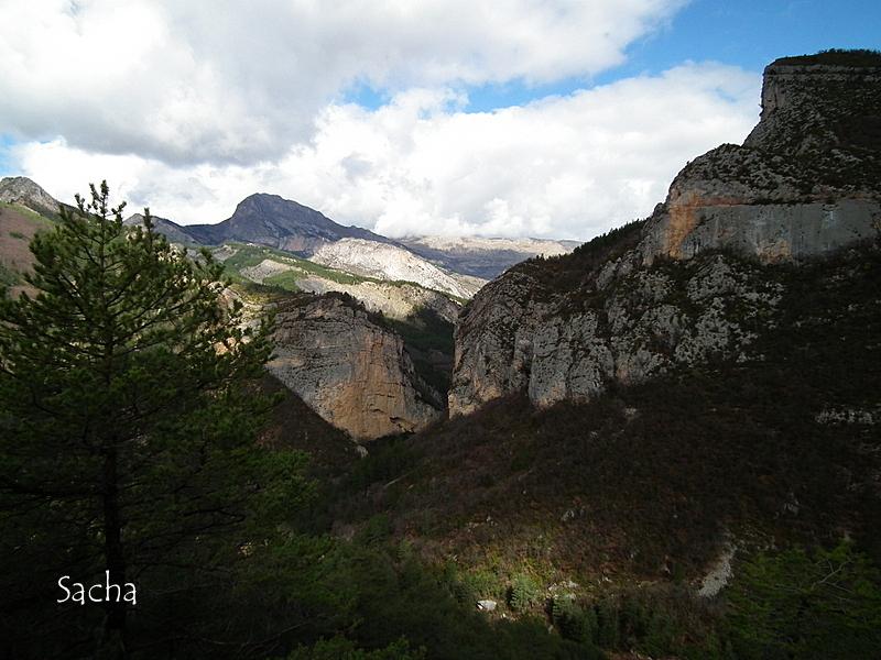 Chemin  du Vieil Esclangon Alpes de haute Provence