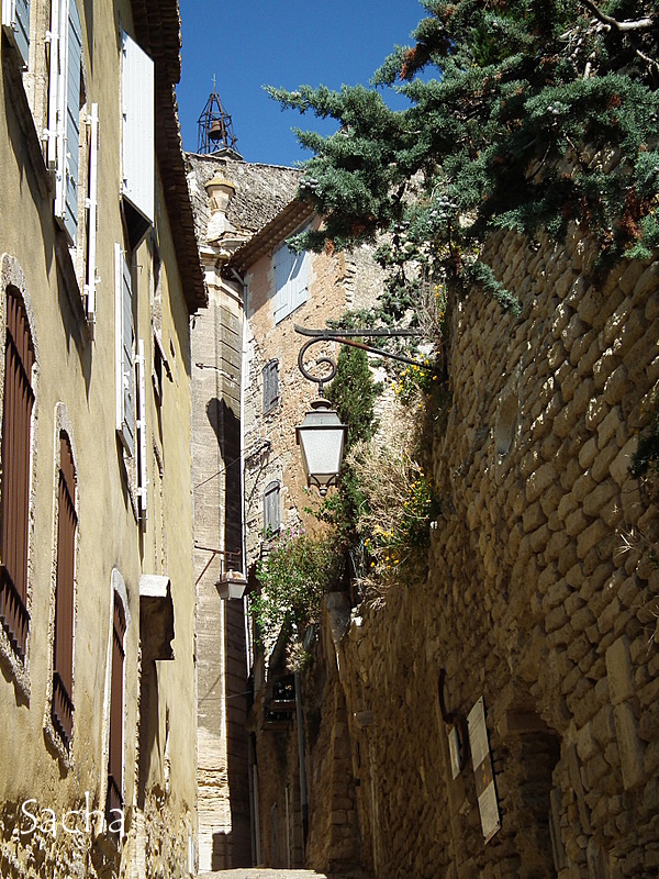 """Ruelle  village de Gordes """" Luberon """""""