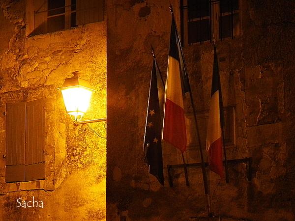 """Les lumières de la nuit ..."""" # 2 """" Ménerbes"""""""