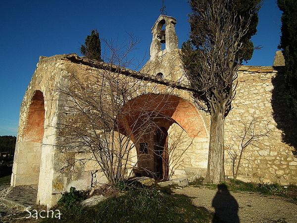 Chapelle st Sixte  à Eygalières #  4