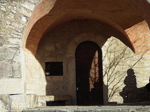 Chapelle st Sixte  à Eygalières #  5