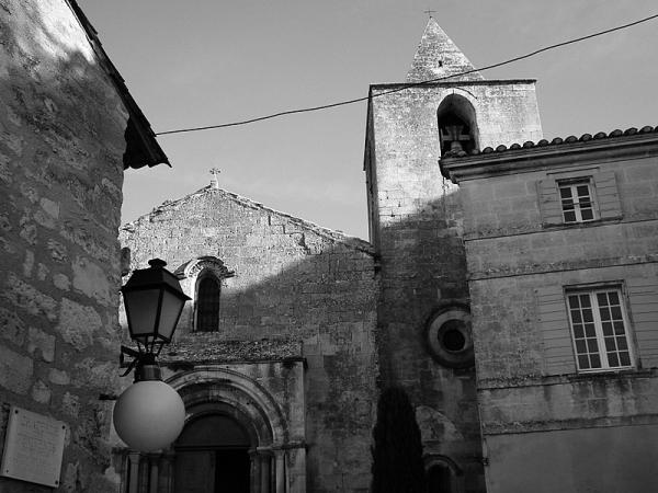 Eglise St Vincent Baux de Provence