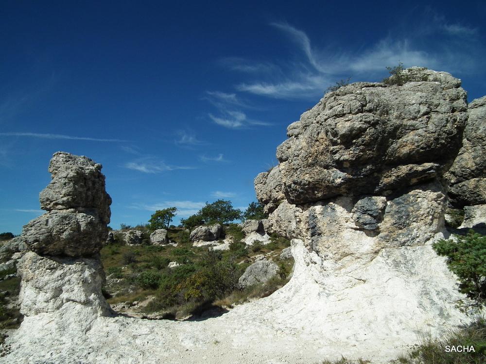 Rochers du plateau des Mourres