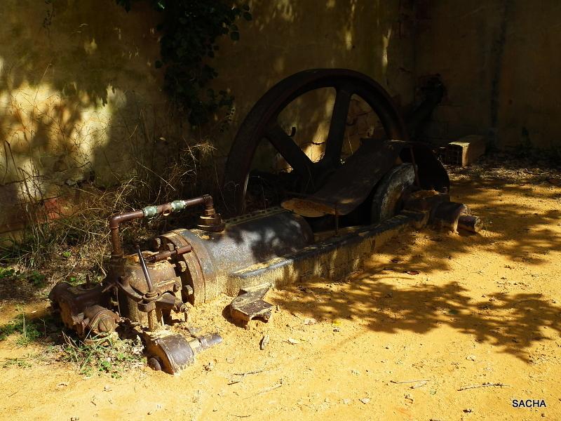 Antique machine (traitement des ocres )