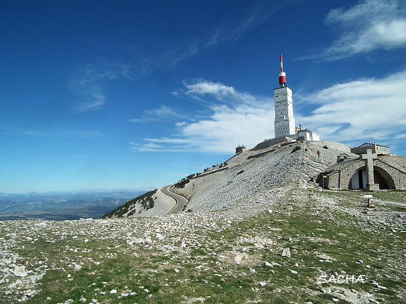 Sommet du Ventoux et chapelle ste Croix