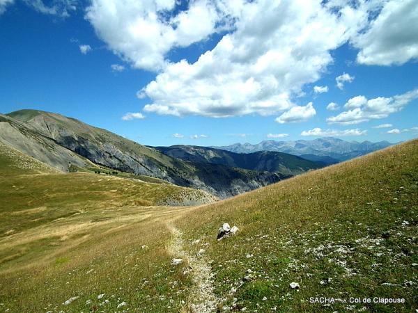 Col de Clapouse et pâturages  les Monges
