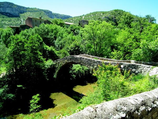 """Pont romain au-dessus de la Vis """" Navacelles"""""""
