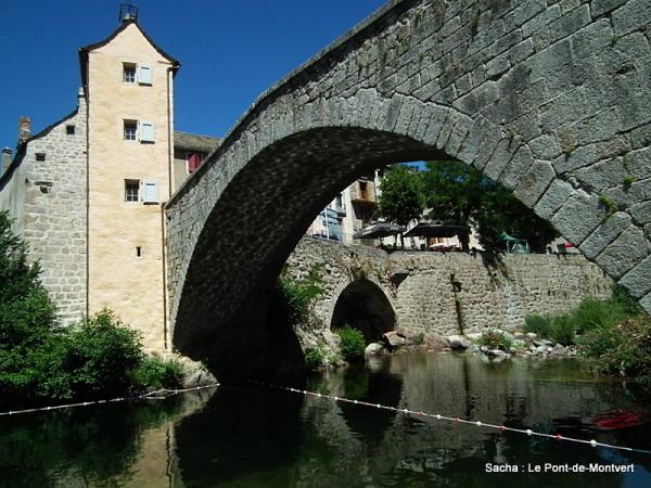 Village Cévenole :le Pont de Montvert
