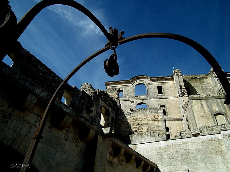 "Abbaye de Montmajour ""  Cloître "" Arles"