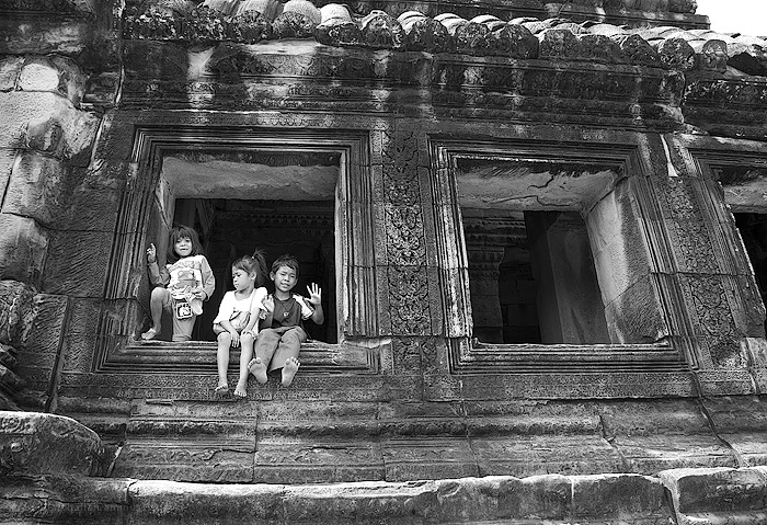 children enjoying their day in Angkor Wat
