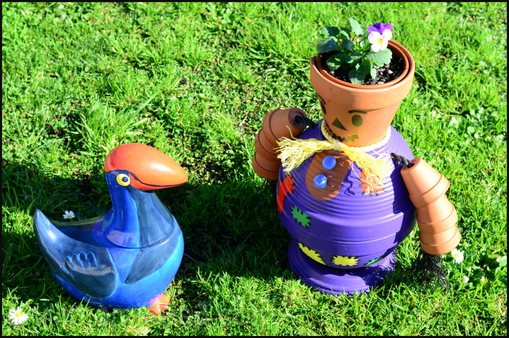 """Pokeko Meets Flowerpot Man"""