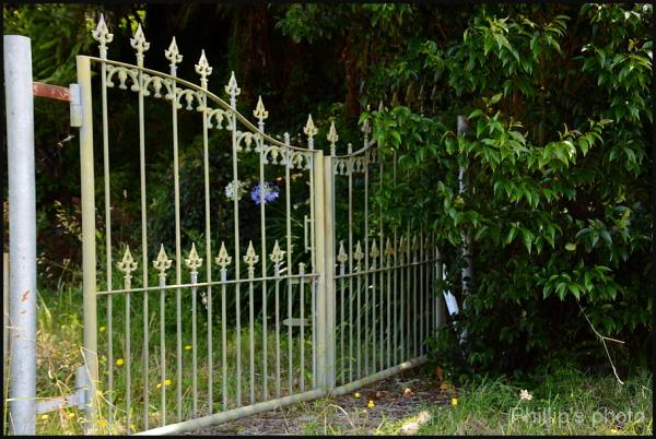 Gate to no where