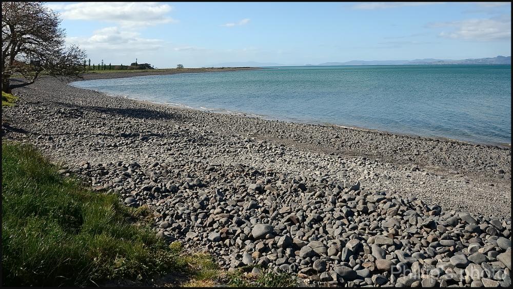 A stoney bay