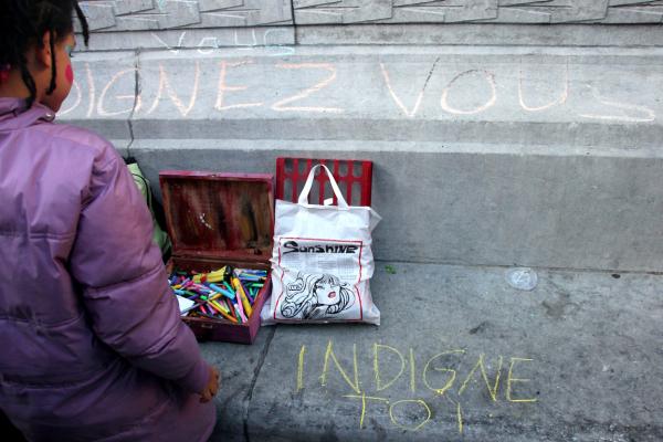 Enfance paris manifestation indignés art-urbain