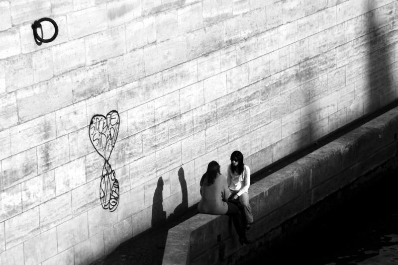 paris quai-de-seine ombre lumiere coeur