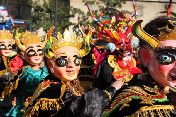 spectacle carnaval paris rue