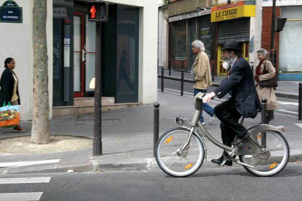 paris velo rue