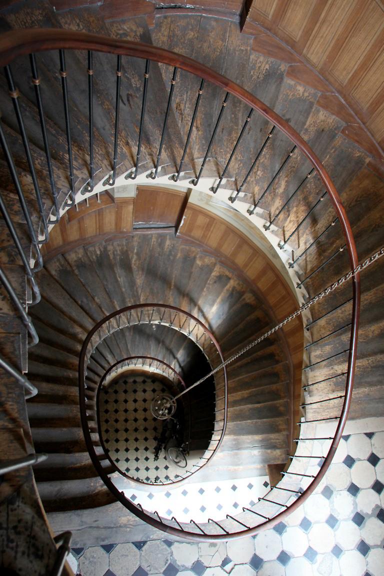 paris passage escalier