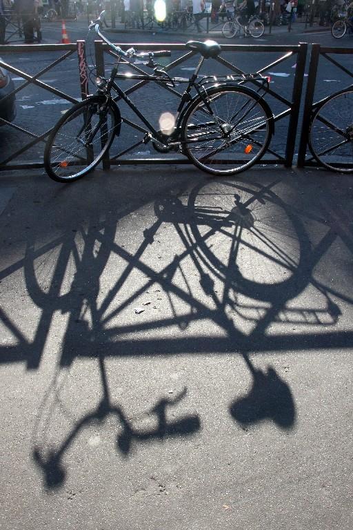 ombre contre-jour vélo paris belleville