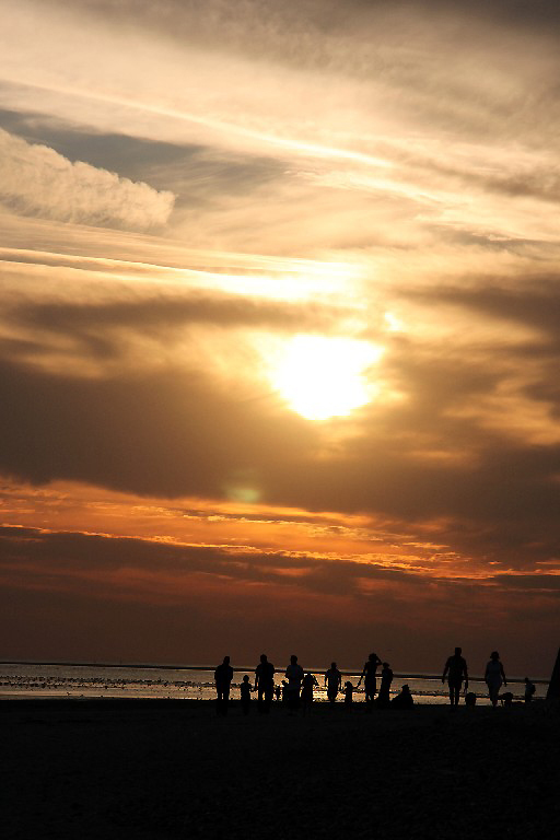 coucher-soleil ailleurs ombre silhouette