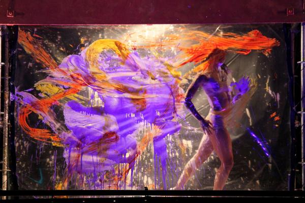 ailleurs spectacle voltige peinture les-passagers