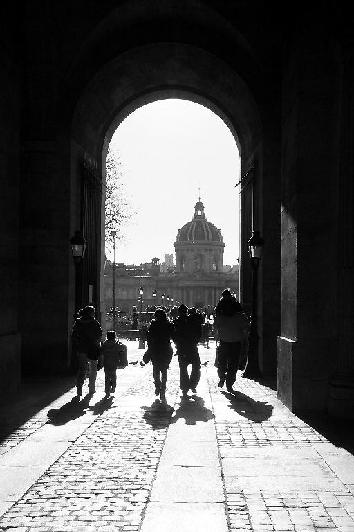 paris noir-blanc contre-jour silhouette ombre