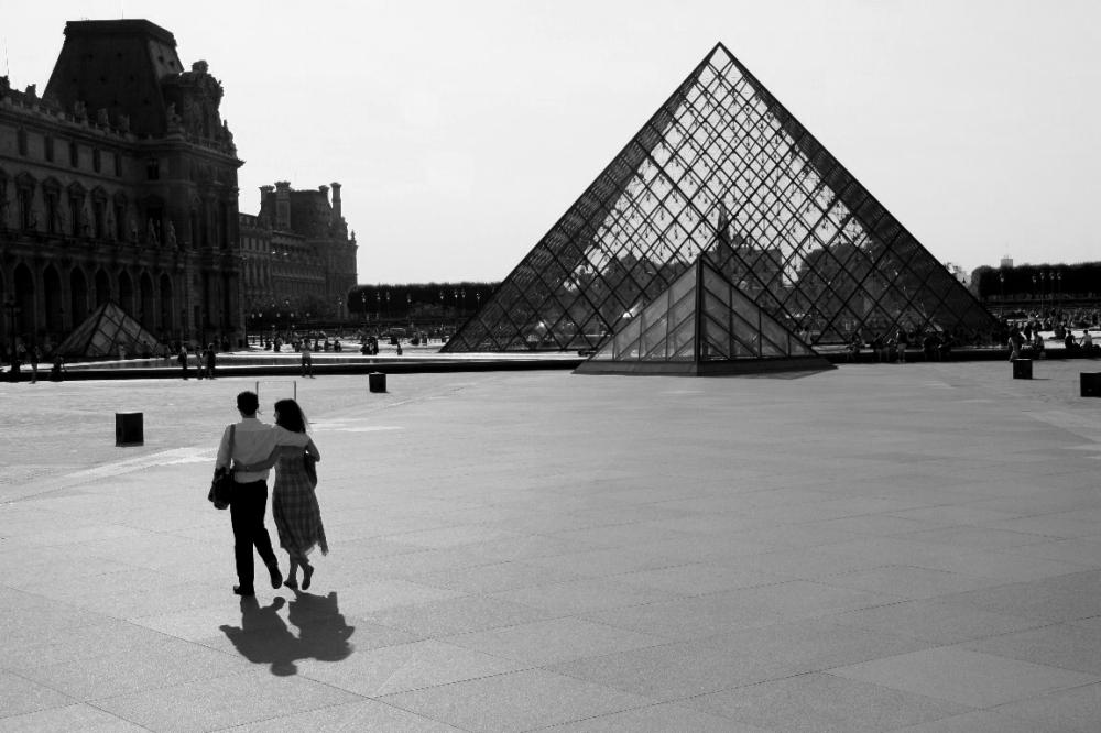 paris noir-blanc amoureux ombre