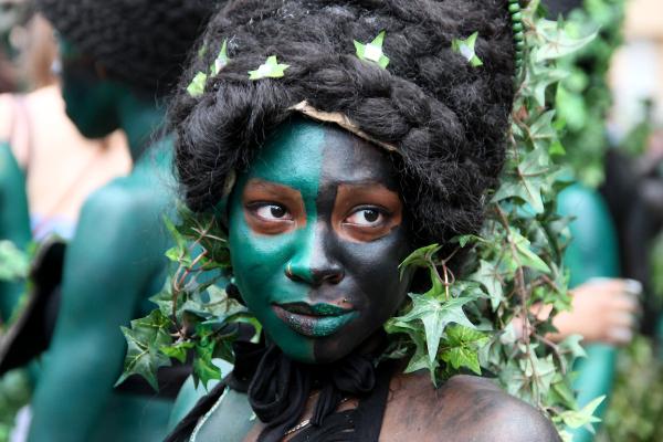 Carnaval-tropical paris portrait
