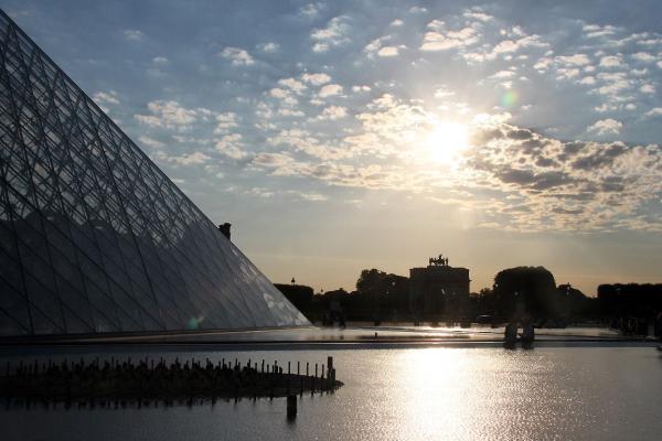 paris architecture louvre coucher-soleil