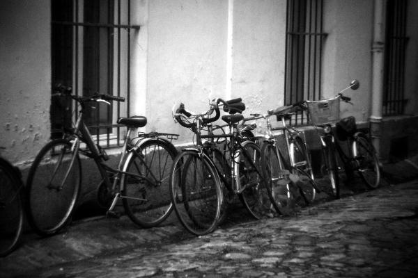 paris vélo noir-blanc holga