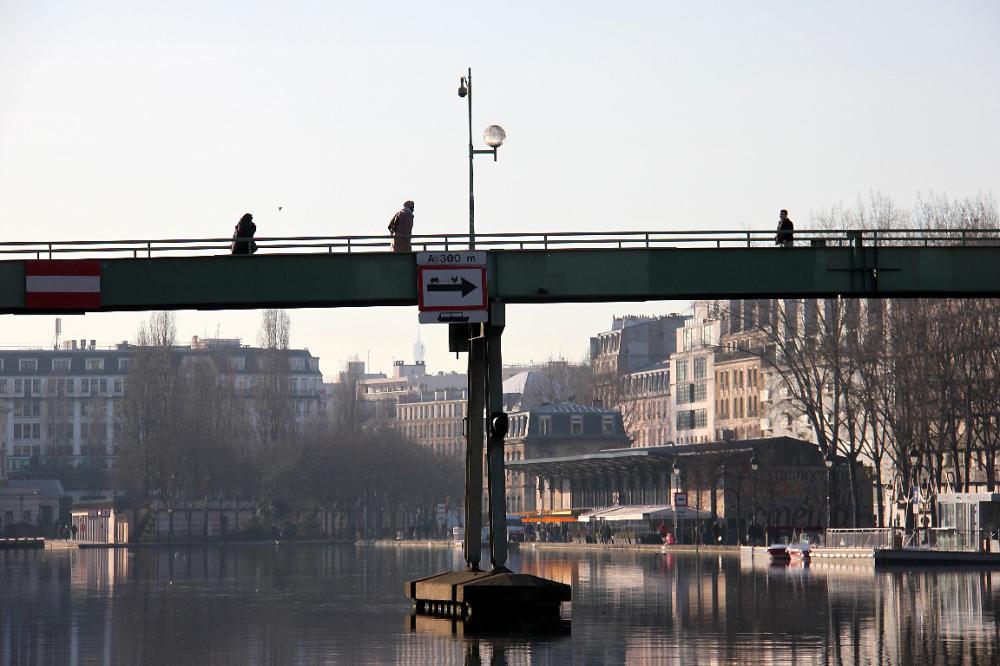 paris silhouette contre-jour pont reflet canal