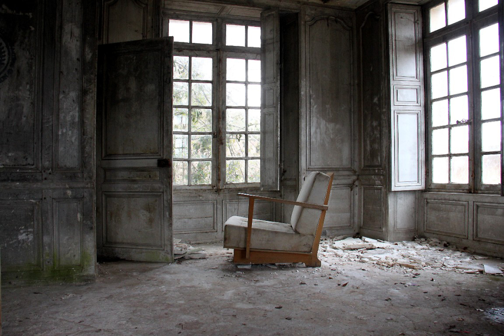 ailleurs ambiance chaise fauteuil urbex