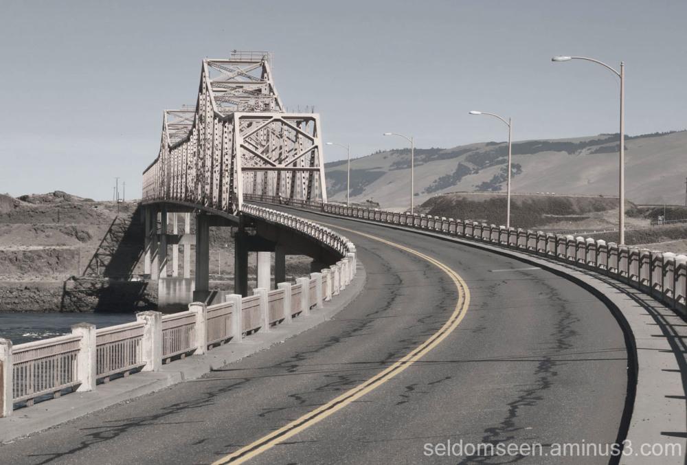 Bridge to  Washington