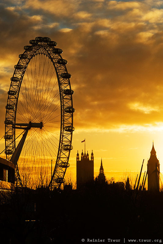The London Eye at sunset
