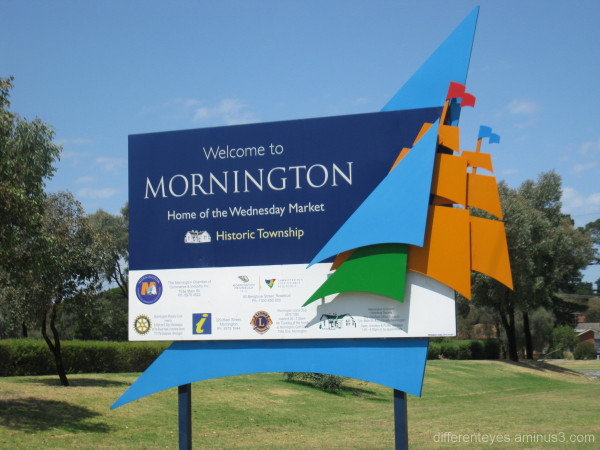Welcome to Mornington sign
