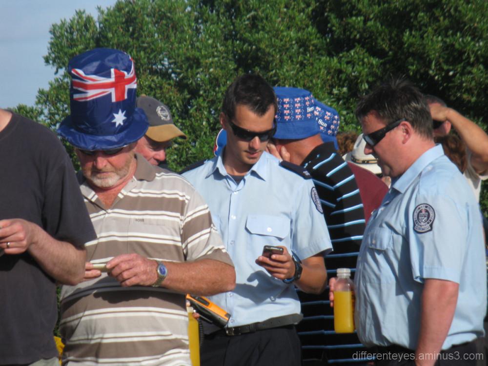 Queue for Australia Day 2012 community breakfast