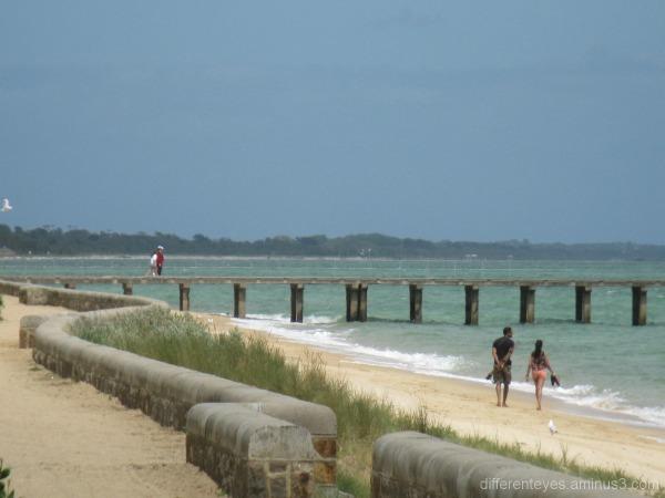 Dromana beach and pier
