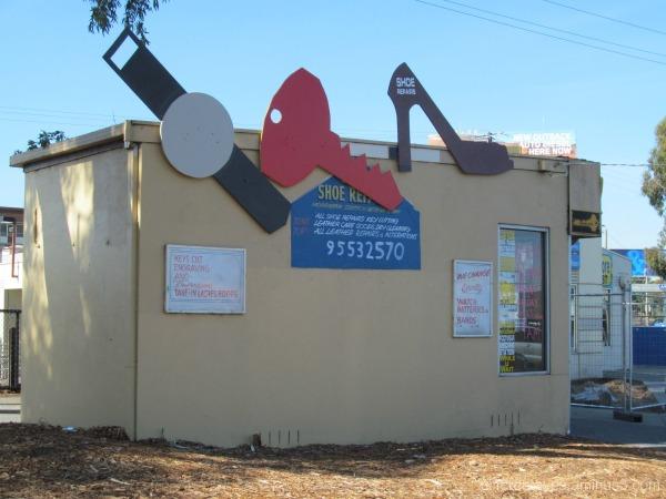 Moorabbin shoe repair shop near station