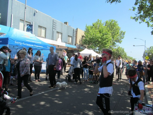 view of street at 2015 Mornington Spring Festival