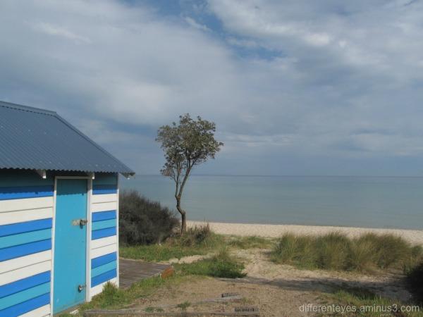 skies over Dromana beach