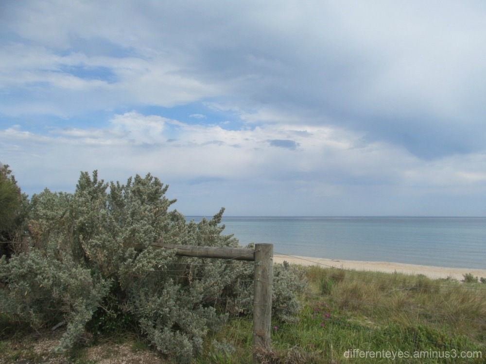 skies over Dromana beach