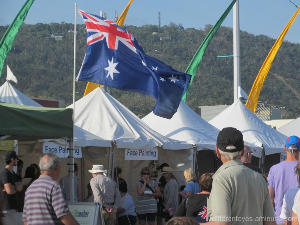 2016 Australia Day crowd in Dromana
