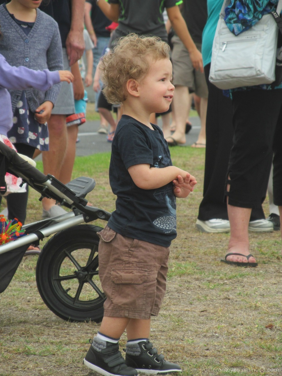 child at the 2016 Rosebud Kite Festival