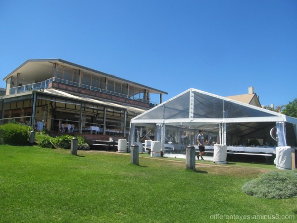 Portsea Hotel outdoor view at Christmas