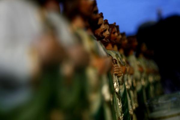 figuras de un santo mexicano