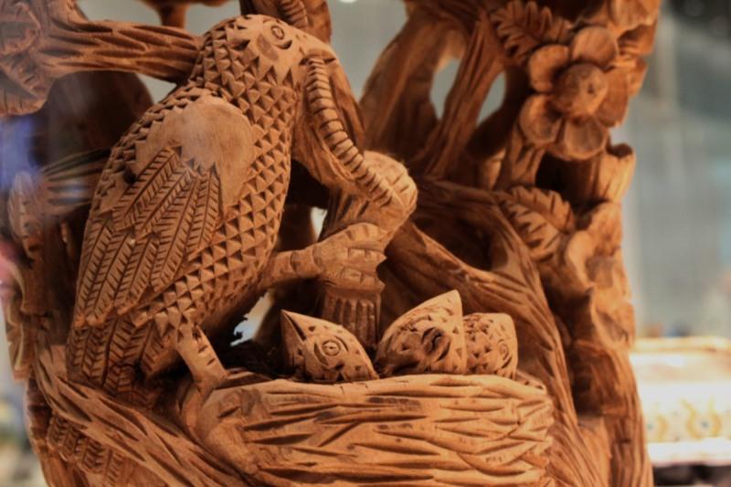 pájaros de madera