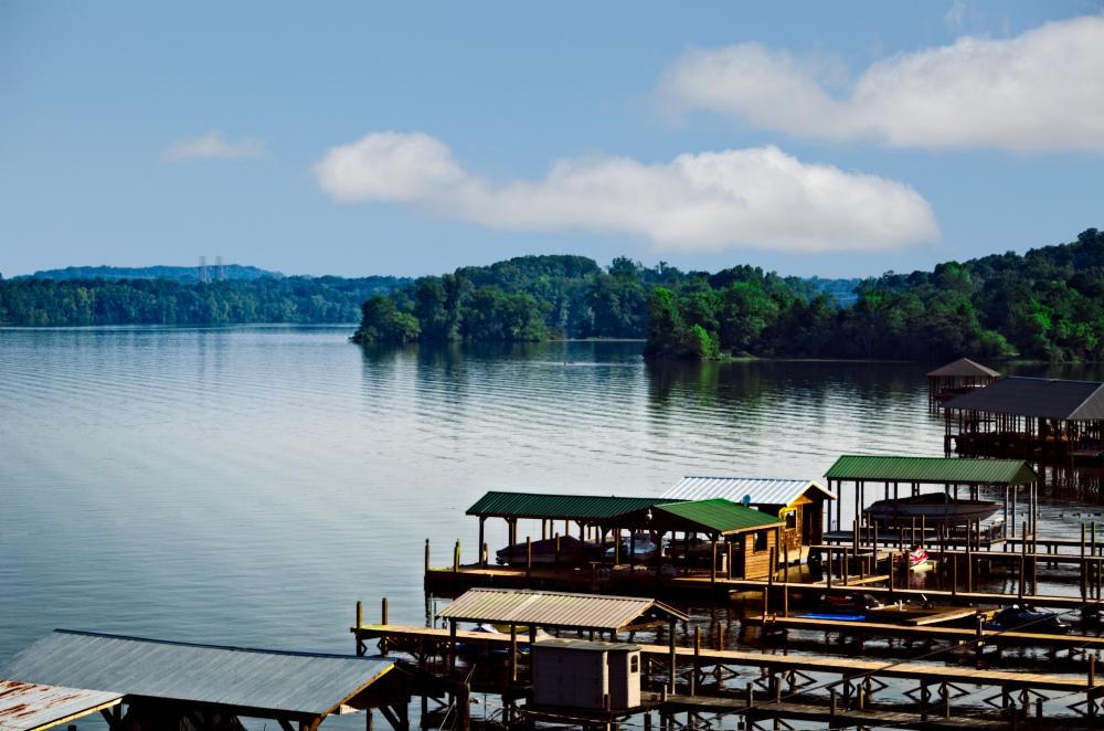 Morning at  Lake Chicamauga