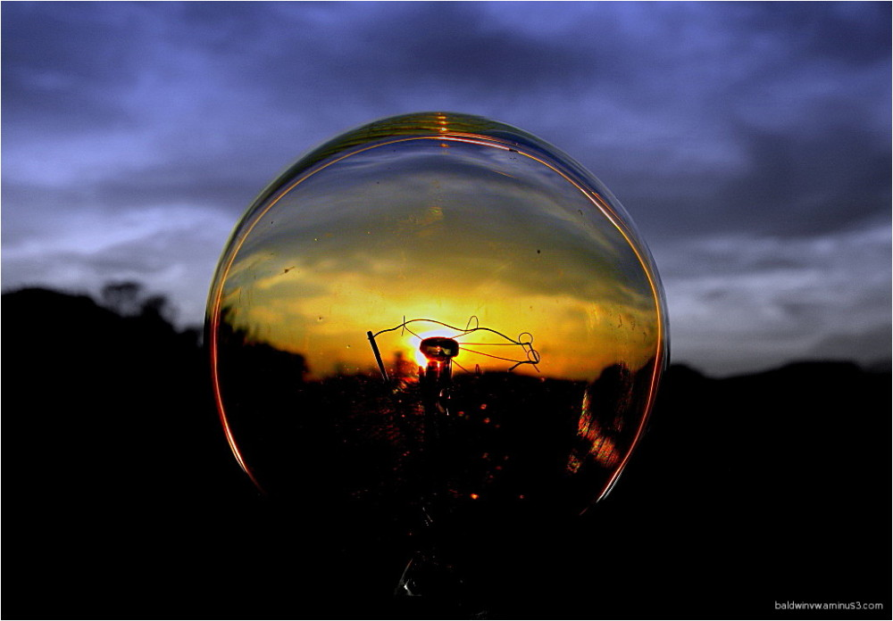Sunset in a bulb ...